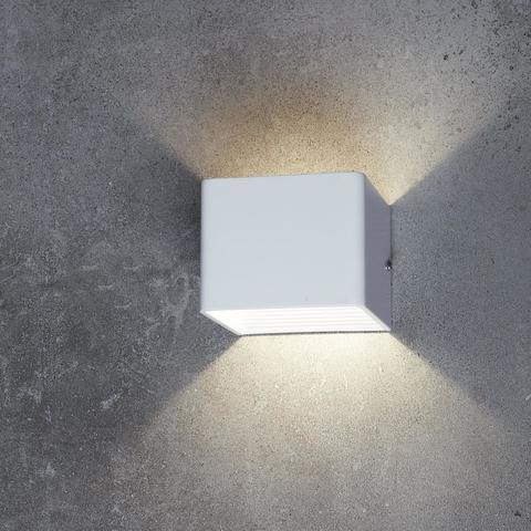 Настенный светильник Favourite 1998-1W